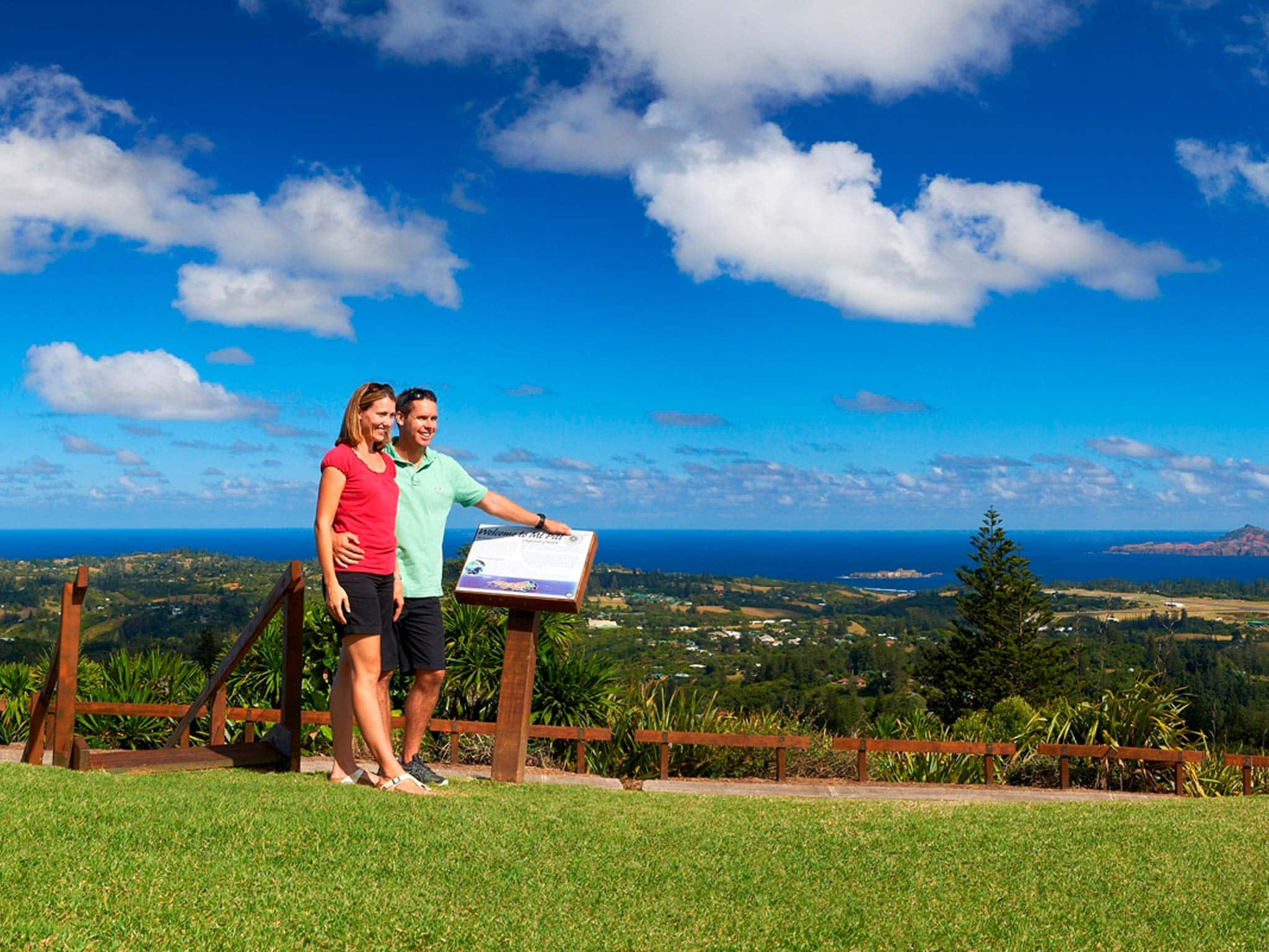 Norfolk Island Travel Centre Couple View Lookout