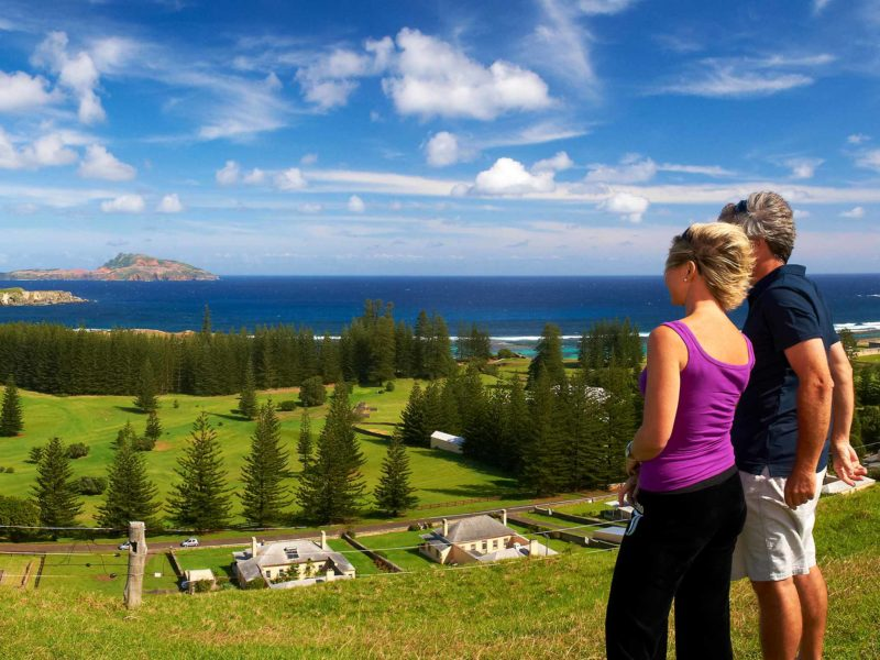 Norfolk Island Travel Centre QEL2SM