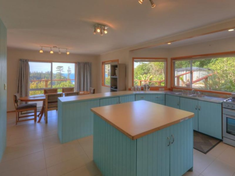 Ball Bay House Norfolk Island Kitchen