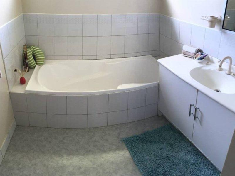 Five Pines Norfolk Island Norfolk Island Travel Centre Bathroom 2