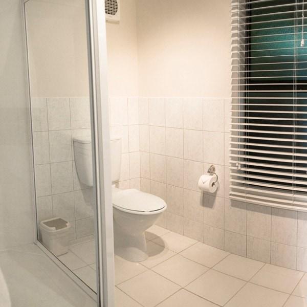Horizon Bathroom