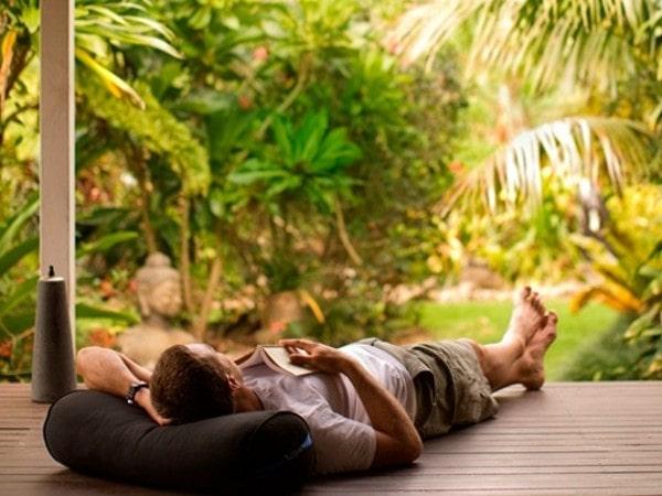 Relaxing (2)